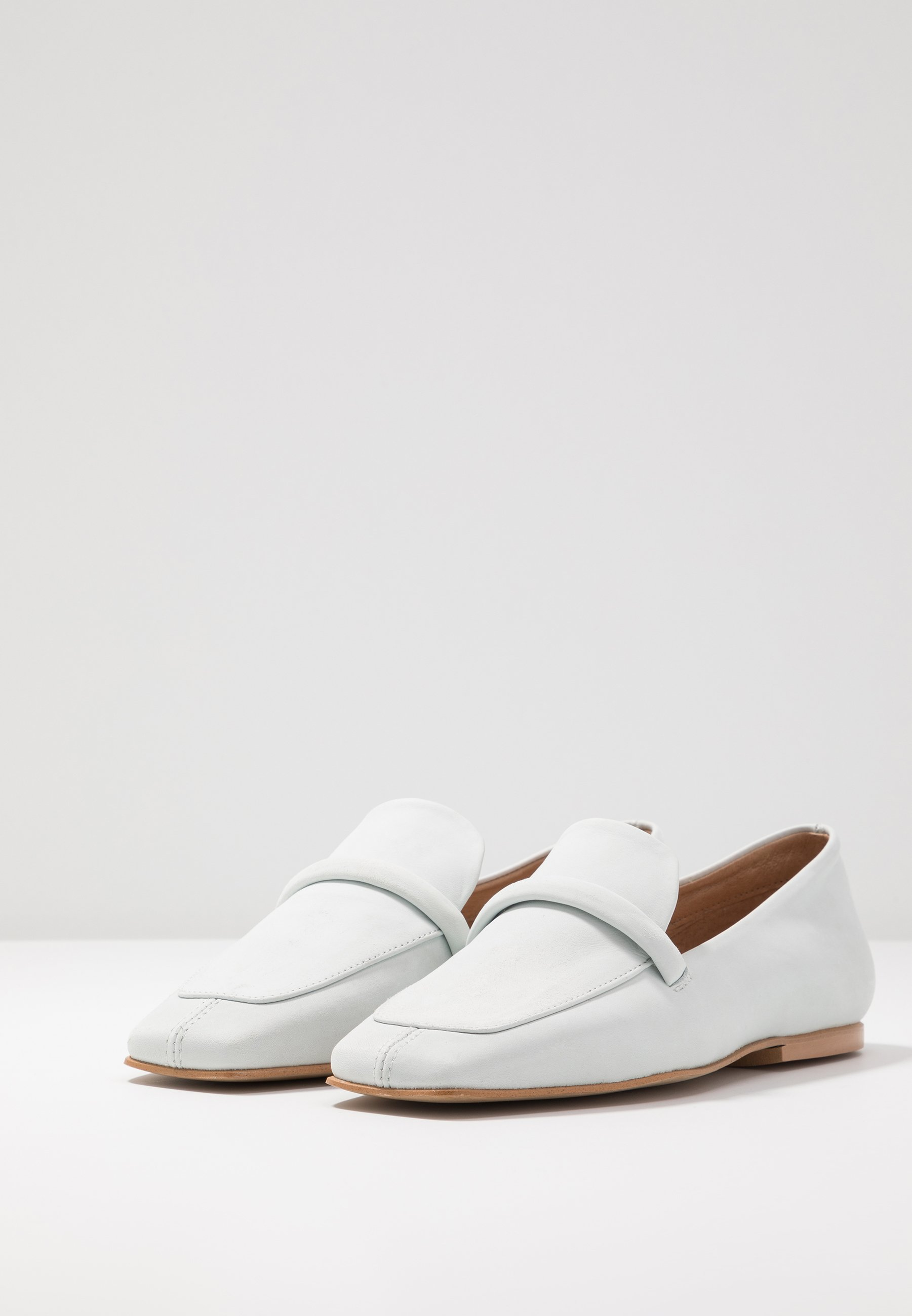 L'INTERVALLE ZOE - Loafers - star