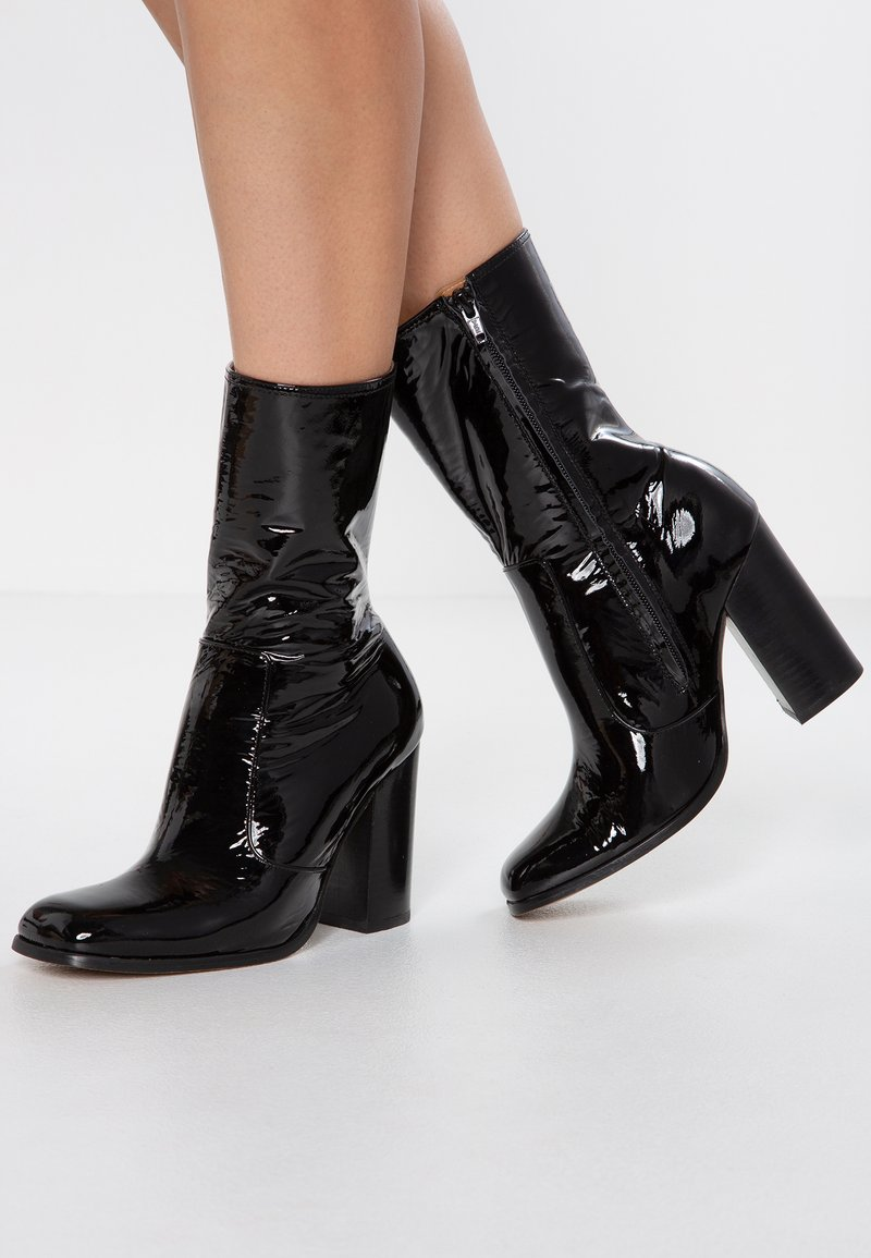 L'INTERVALLE - GODDARD - Classic ankle boots - black