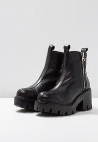 L'INTERVALLE - MATRIX - Cowboy/biker ankle boot - black - 4