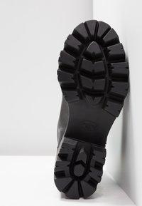 L'INTERVALLE - MATRIX - Cowboy/biker ankle boot - black - 6