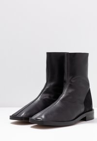 L'INTERVALLE - GOSS - Classic ankle boots - black - 4