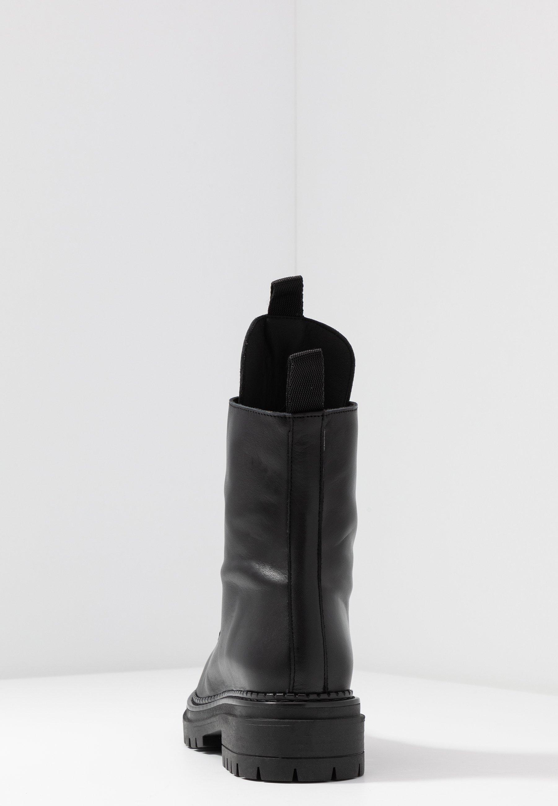L'INTERVALLE REINA - Botki na platformie - black