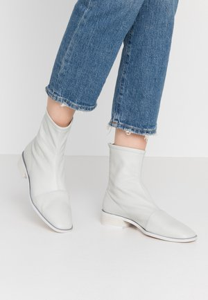 JIROW - Classic ankle boots - new ranch