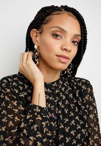 LIARS & LOVERS - Earrings - multi-coloured - 1