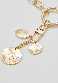 LIARS & LOVERS - DISC CLUSTER - Collana - gold-coloured - 4