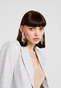 LIARS & LOVERS - STATEMENT - Earrings - gold-coloured - 1