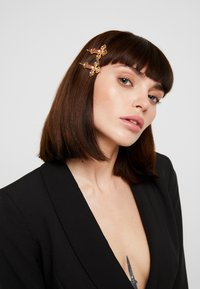 LIARS & LOVERS - CROSS SLIDES 2 PACK - Hair Styling Accessory - gold-coloured - 1