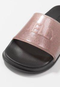 LEMON JELLY - SHEA - Sandály do bazénu - transparent rose/glitter - 2