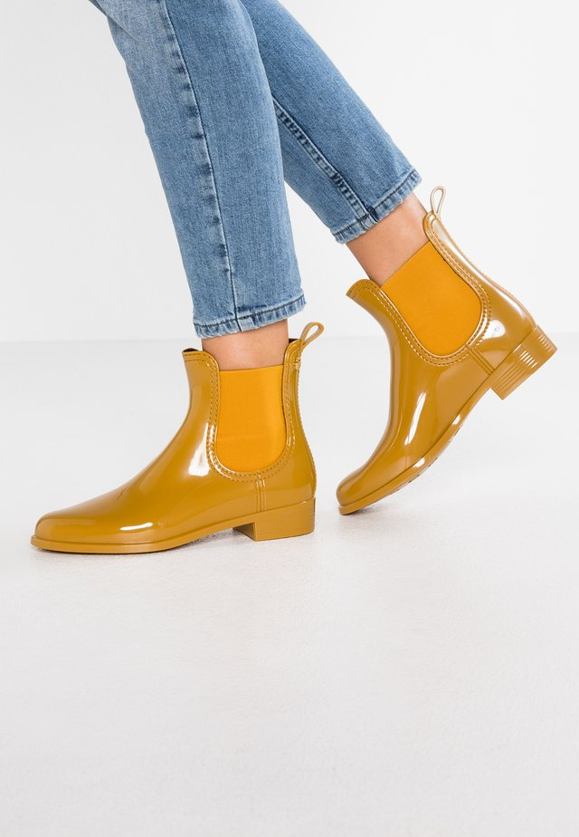 COMFY - Wellies - rusted gold