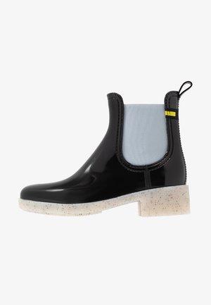 LAYLA - Botas de agua - black