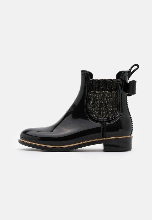 BRIA - Gummistøvler - black