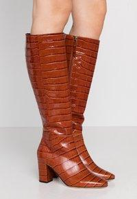 LK Bennett - SIRENA - Boots - caramel - 0