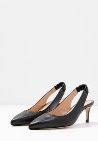 LK Bennett - IRENA - Classic heels - black - 4