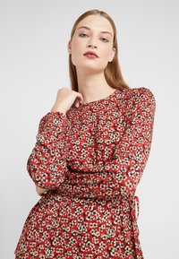 LK Bennett - CARINA - Sukienka letnia - red multi - 3