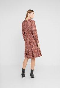 LK Bennett - CARINA - Sukienka letnia - red multi - 2