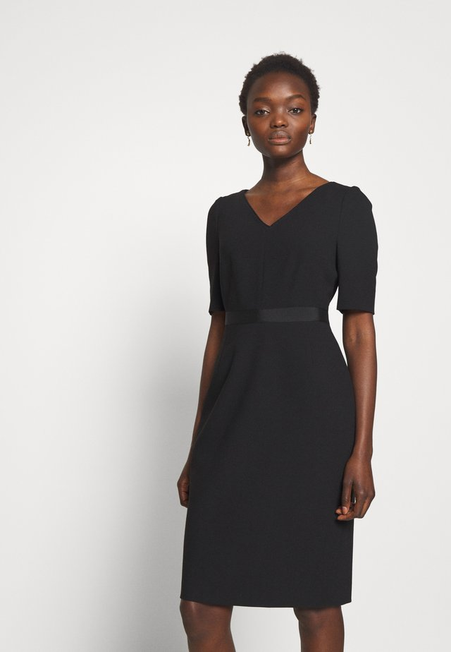DR ISLA - Robe fourreau - black