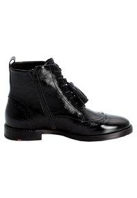 Lloyd - MIT QUASTEN - Lace-up ankle boots - black - 5