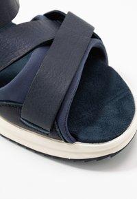 Lloyd - ELAY - Chodecké sandály - marine blue - 5