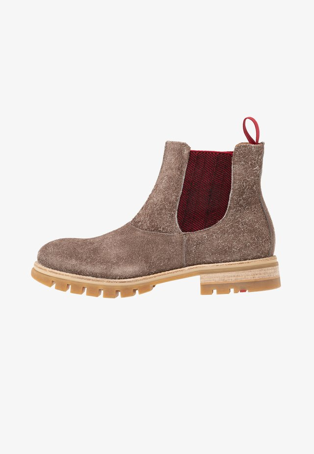 FLETCHER - Classic ankle boots - bison