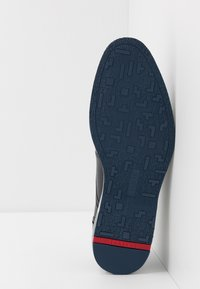 Lloyd - DETROIT - Sznurowane obuwie sportowe - ocean - 4
