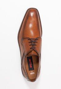 Lloyd - NADIR - Elegantní šněrovací boty - brandy - 1