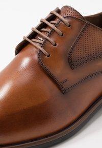 Lloyd - DAKIL - Smart lace-ups - cognac - 5