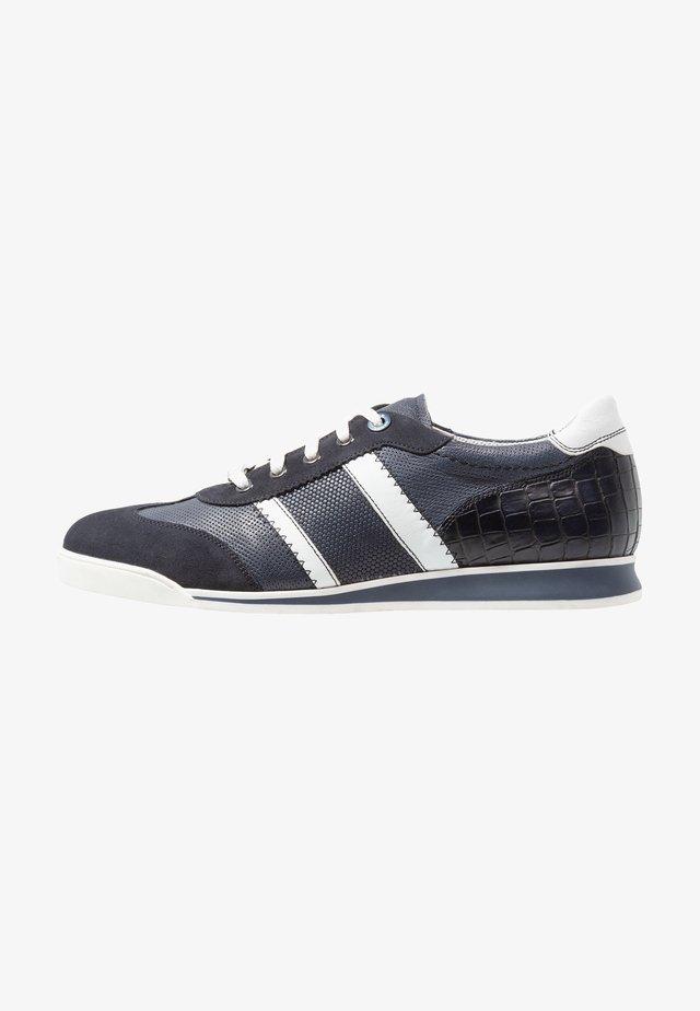 ARGON - Sneakersy niskie - ocean/blue/bianco/navy