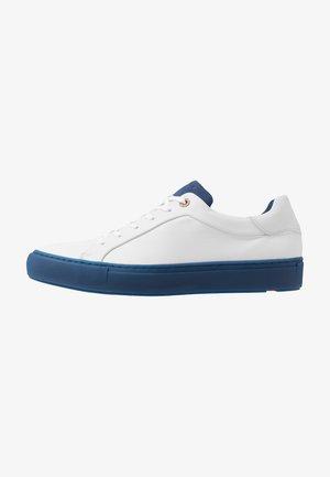 ARIZONA - Sneakers - bianco/blau
