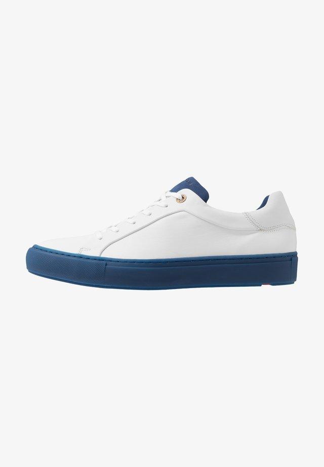 ARIZONA - Sneaker low - bianco/blau