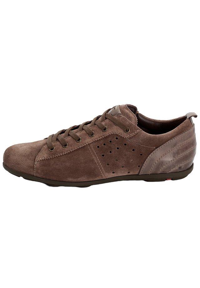 SCHNÜRSCHUHE BALDO - Sneakers laag - grau