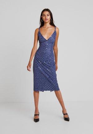 ANAÏS SEQUIN MIDI BODYCON DRESS - Robe de soirée - lavender grey