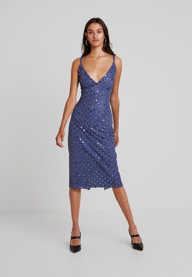 ANAÏS SEQUIN MIDI BODYCON DRESS - Cocktailkleid/festliches Kleid - lavender grey
