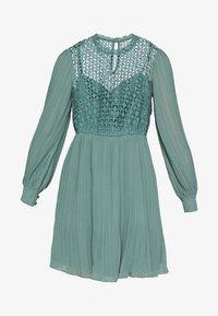 Little Mistress - MINI CROCHET - Košilové šaty - nile blue - 4