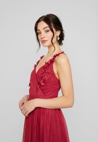 Little Mistress - ROSETTE MAXI DRESS - Galajurk - raspberry