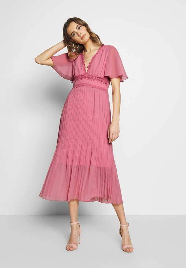 Cocktail dress / Party dress - desert rose