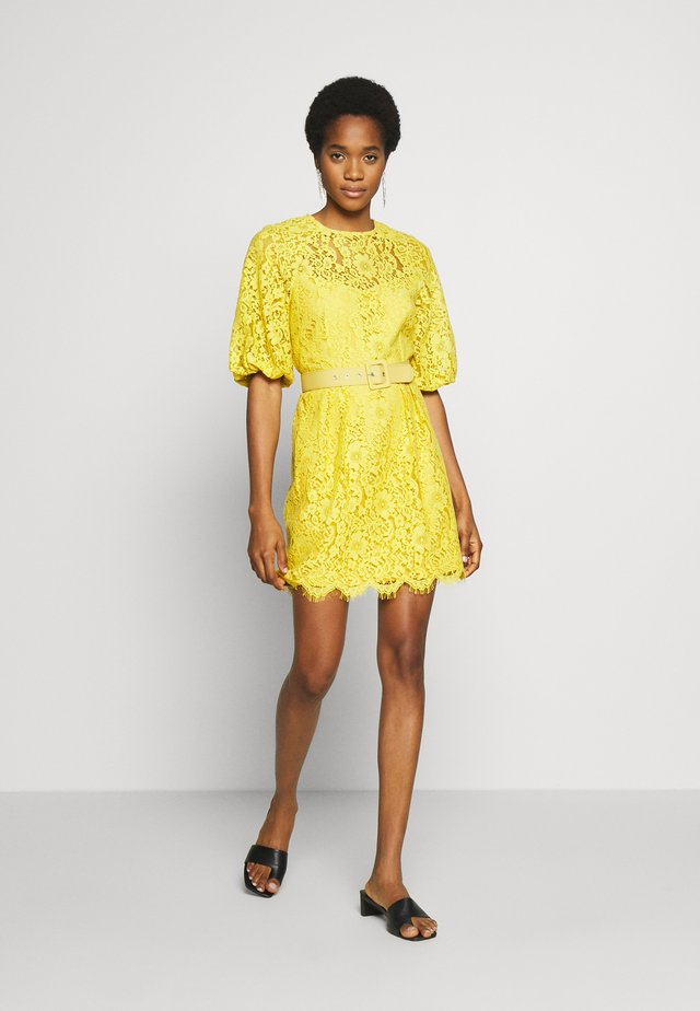 MINI LACE - Freizeitkleid - yellow
