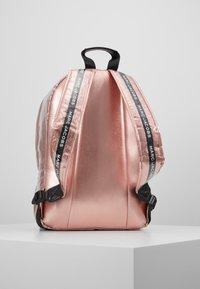 Little Marc Jacobs - Reppu - pink copper - 3