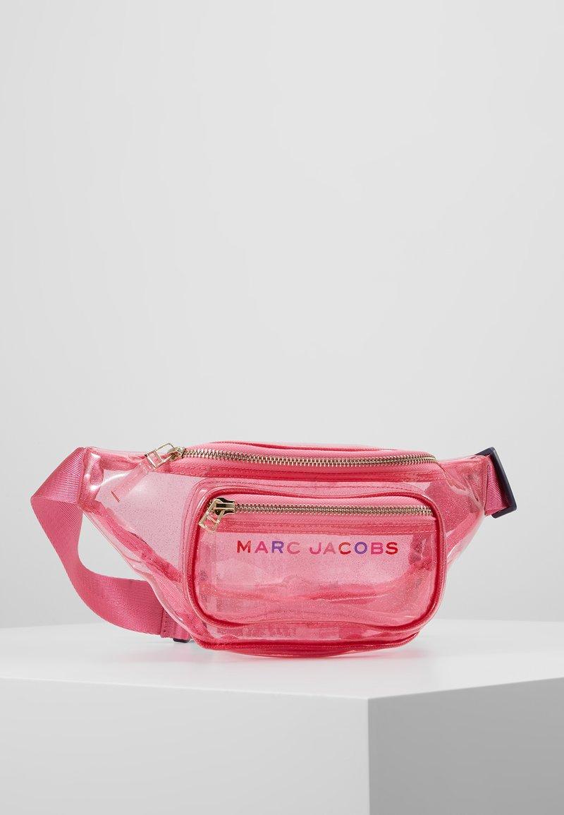 Little Marc Jacobs - BUM BAG - Bältesväska - unique