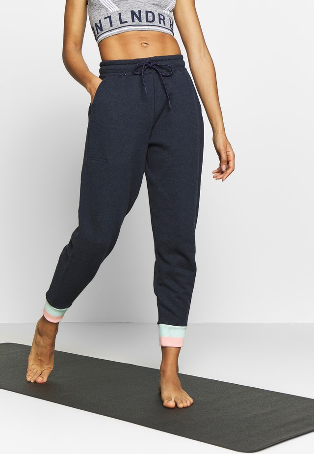TROUBLE TRACKPANT - Pantalon de survêtement - navy marl