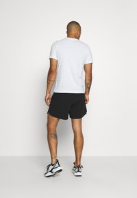 LNDR - RUN SHORT - Korte sportsbukser - black - 2
