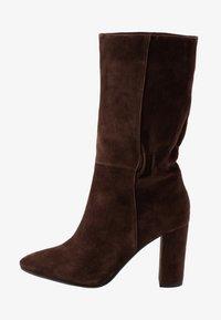 Lola Cruz - Vysoká obuv - marron - 1