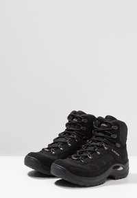 Lowa - TAURUS II GTX MID - Hiking shoes - black - 2