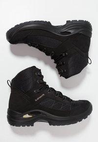 Lowa - TAURUS II GTX MID - Hiking shoes - black - 1