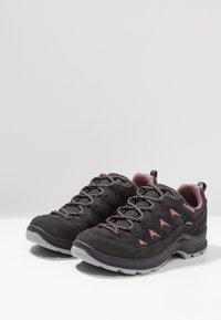 Lowa - LEVANTE GTX - Hiking shoes - anthrazit/rosé - 2
