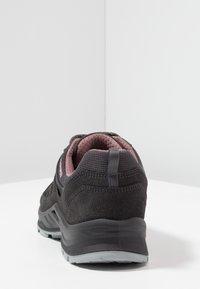 Lowa - LEVANTE GTX - Hiking shoes - anthrazit/rosé - 3