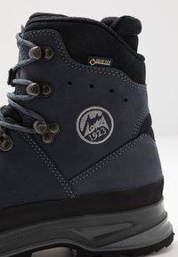 Lowa - LADY III GTX - Hiking shoes - navy - 5