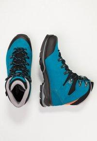 Lowa - BADIA GTX - Hiking shoes - türkis/mandarine - 1