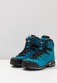 Lowa - BADIA GTX - Hiking shoes - türkis/mandarine - 2