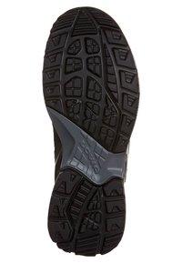 Lowa - SIRKOS GTX - Chaussures de marche - grey - 2