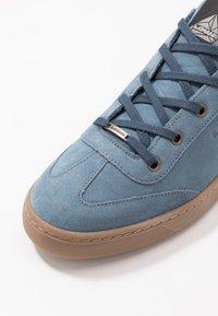 Lowa - ANCONA - Trainers - jeans - 5
